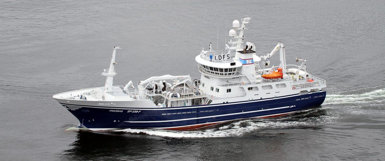 MS Fiskebas ringnotbåten fra Florø